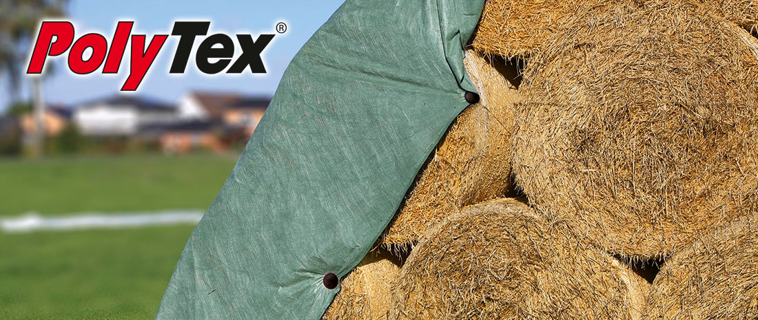 PolyTex protection fleece fixated with fastening nail at straw bales.